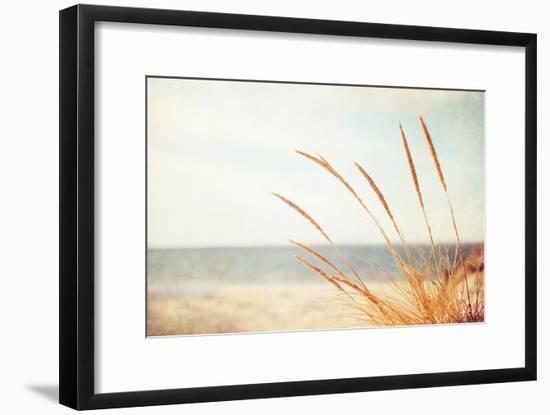 Warm Breeze-Carolyn Cochrane-Framed Photographic Print