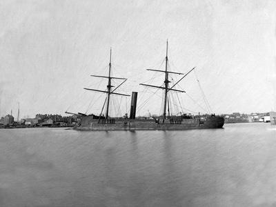 https://imgc.artprintimages.com/img/print/washington-dc-ex-confederate-ship-stonewall-at-fort-lincoln-civil-war_u-l-q1gomf90.jpg?p=0