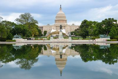 https://imgc.artprintimages.com/img/print/washington-dc-us-capitol-building-and-mirror-reflection-on-water_u-l-q105ivi0.jpg?p=0
