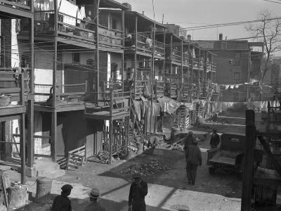 Washington Slum, 1935-Carl Mydans-Photographic Print