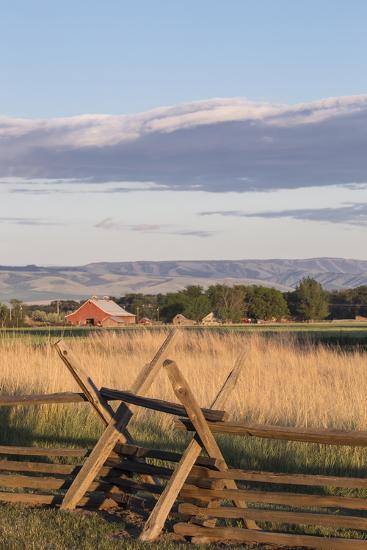 Washington, Walla Walla Co, Whitman Mission Nhs, Oregon Trail Fence-Brent Bergherm-Photographic Print