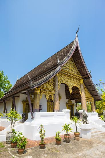Wat Choumkhong Buddhist Temple, Luang Prabang, Louangphabang Province, Laos, Indochina-Jason Langley-Photographic Print