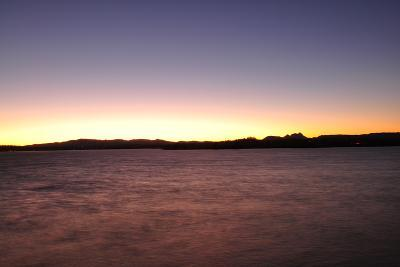 Water Sunset I-Logan Thomas-Photographic Print