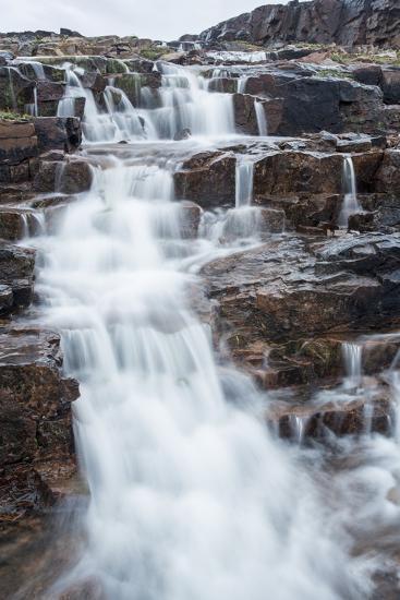 Waterfall, Hudson Bay, Nunavut, Canada-Paul Souders-Photographic Print