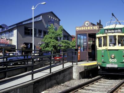 Waterfront Streetcar, Seattle, Washington, USA-Jamie & Judy Wild-Photographic Print