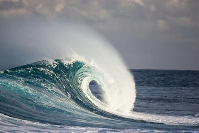 Wave Breaking in Ocean-Jefffarsai-Photographic Print
