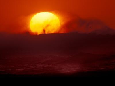 Waves and Sun, Cannon Beach, Oregon, USA-Art Wolfe-Photographic Print