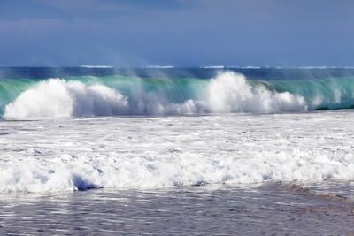 https://imgc.artprintimages.com/img/print/waves-at-the-beach-playa-del-castillo-el-cotillo_u-l-pnfd5p0.jpg?p=0
