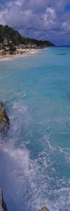 Waves Breaking on Rocks, Bermuda