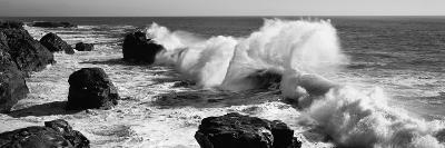 Waves Breaking on the Coast, Santa Cruz, Santa Cruz County, California, USA--Photographic Print