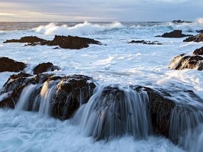 Waves Crashing O Rocks at Soberanes-Douglas Steakley-Photographic Print