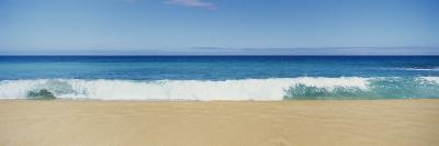 Waves Crashing on the Beach, Oahu, Hawaii, USA--Photographic Print