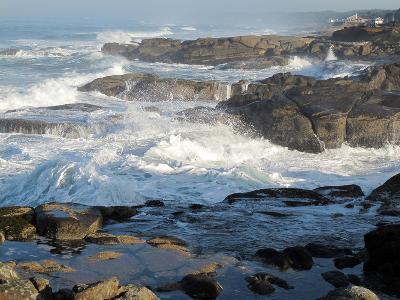Waves Crashing on the Shoreline of Tillamook-Nicole Duplaix-Photographic Print