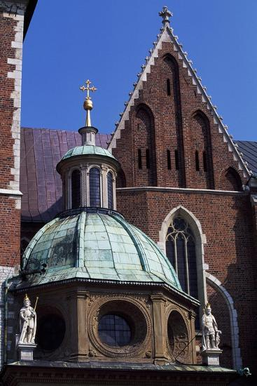 Wawel Royal Castle and Cathedral Basilica of St Stanislaus and St Wenceslas--Giclee Print