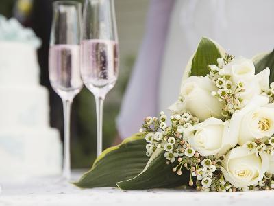 Wedding bouquet and champagne glasses-Marnie Burkhart-Photographic Print