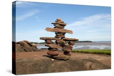 Welcome Inukshuk Bay of Fundy
