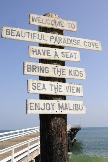 Welcome Sign at Paradise Cove in Malibu--Photographic Print