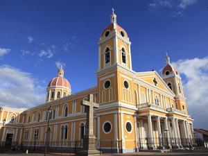 Cathedral De Granada, Park Colon, Park Central, Granada, Nicaragua, Central America by Wendy Connett