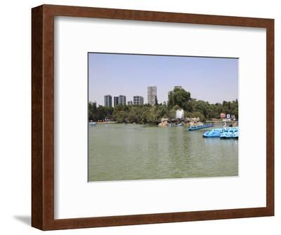 Lake, Chapultepec Park (Bosque De Chapultepec), Chapultepec, Mexico City, Mexico, North America