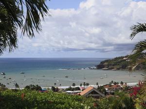 San Juan Del Sur Bay, Pacific Ocean, San Juan Del Sur, Nicaragua, Central America by Wendy Connett