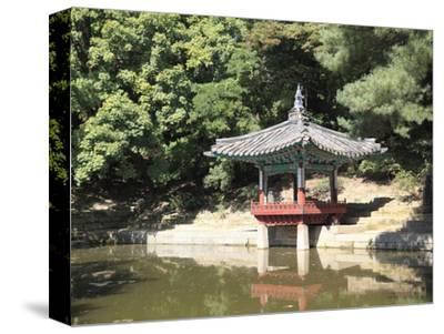 Secret Garden, Changdeokgung Palace (Palace of Illustrious Virtue), Seoul, South Korea