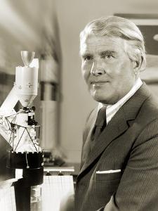 Wernher Von Braun, German Rocket Pioneer