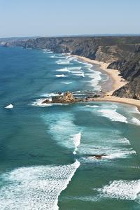 Portugal, Algarve, Sagres, View of Atlantic Ocean with Waves by Westend61