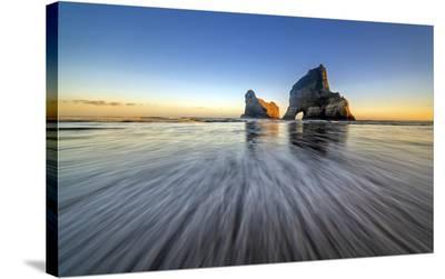 Wharaiki Beach-Hua Zhu-Stretched Canvas Print