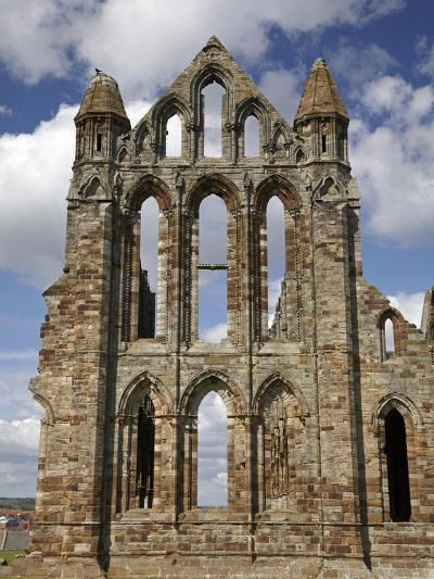 Whitby Abbey Ruins (Built Circa 1220), Whitby, North Yorkshire, England-David Wall-Photographic Print