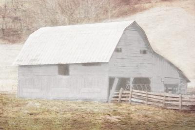 https://imgc.artprintimages.com/img/print/white-barn_u-l-q1bqpvh0.jpg?p=0