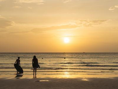 White Beach, Boracay, the Visayas, Philippines, Southeast Asia, Asia-Ben Pipe-Photographic Print