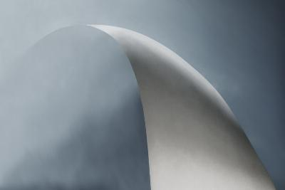 White Bow-Gilbert Claes-Photographic Print