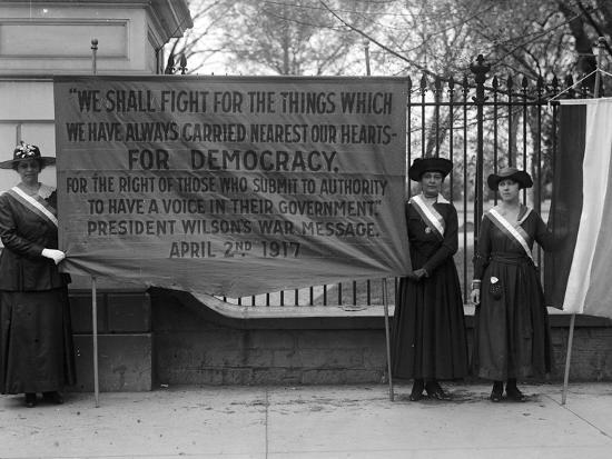 White House: Suffragettes--Photographic Print