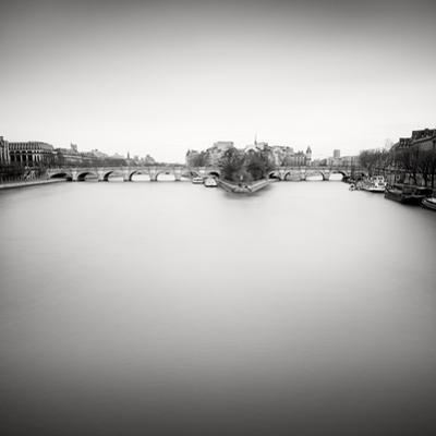 Ile De La Cite by Wilco Dragt