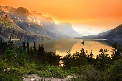 Wild Goose Island in Glacier National Park-SNEHIT-Photographic Print