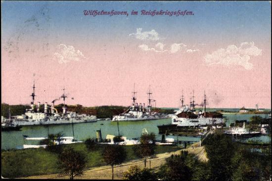 Wilhelmshafen Nieders., Reichskriegshafen, Schiffe--Giclee Print