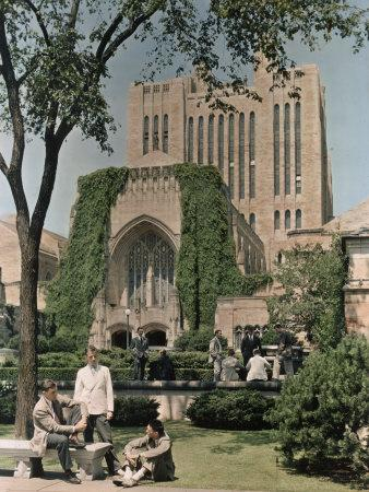 Students Mingle Ouside the Yale University Library