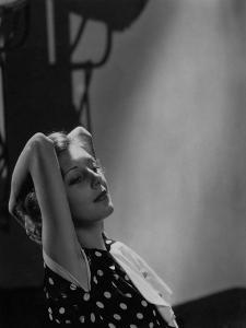Vanity Fair - November 1934 by William Bolin