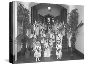 Little Girls at the The Roman Catholic Orphan Asylum by William Davis Hassler