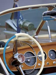 Antique and Classic Boat Society Show on Lake Washington, Seattle, Washington, USA by William Sutton