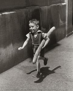 Petit Parisien by Willy Ronis