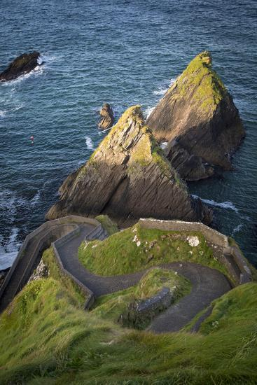 Windy Road to Dunquin Harbor, Dunquin, County Kerry, Republic of Ireland-Brian Jannsen-Photographic Print