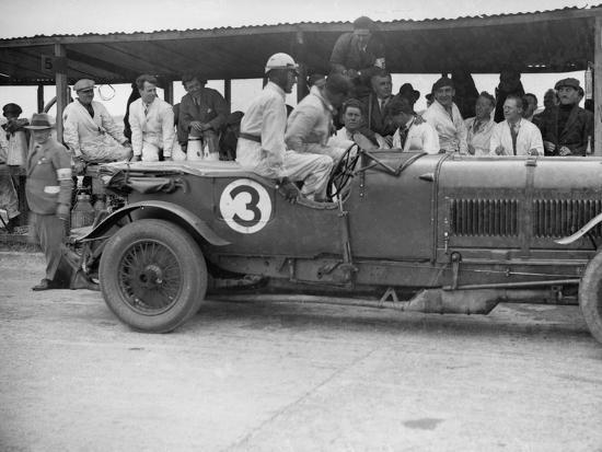 Winning Bentley of Jack Dunfee and Woolf Barnato, BARC 6-Hour Race, Brooklands, Surrey, 1929-Bill Brunell-Photographic Print