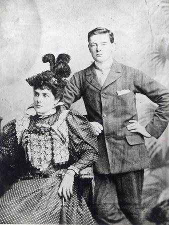 https://imgc.artprintimages.com/img/print/winston-churchill-with-his-mother-lady-randolph-churchill_u-l-pcdmyf0.jpg?p=0