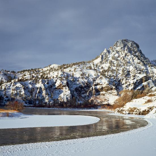 Winter Morning Along the Missouri River Near Hardy, Montana-John Lambing-Photographic Print