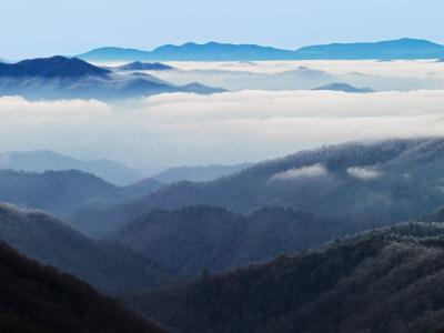 https://imgc.artprintimages.com/img/print/winter-view-of-thomas-divide-great-smoky-mountains-national-park-north-carolina-usa_u-l-pxpo3e0.jpg?p=0