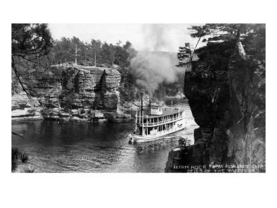 https://imgc.artprintimages.com/img/print/wisconsin-dells-wisconsin-high-rock-from-romance-cliff-steamer_u-l-q1govyd0.jpg?p=0
