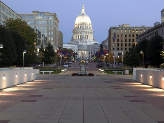 Reflecting Madisons Changing Capitol >> Wisconsin State Capitol Building Madison Wi Photographic Print By