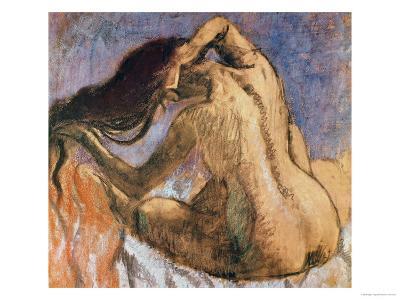 Woman Combing Her Hair, 1905-10-Edgar Degas-Giclee Print