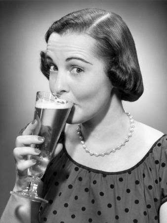 https://imgc.artprintimages.com/img/print/woman-drinking-a-glass-of-beer_u-l-q10bum00.jpg?p=0